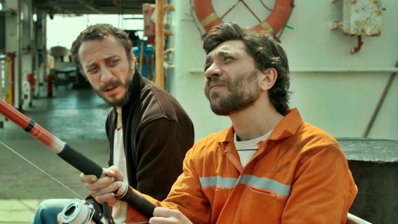 Tüm Türkiye Aynı Gemide! Alkışlanası Derin Mesajlar İçeren Nefis Bir Yerli Film: Sarmaşık