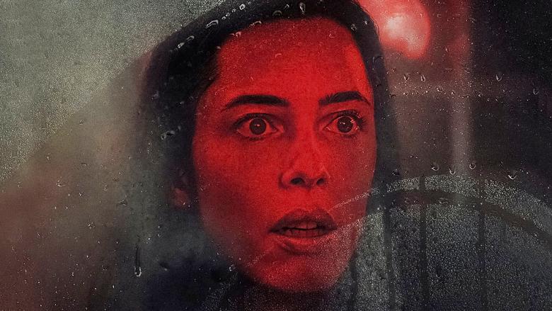 """Korkulu Gerilimli: Yeni Film """"The Night House"""" Neyi Konu Alıyor? İzlenir mi?"""